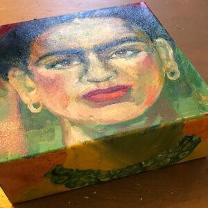 Frida 1 | olieverf | 20x20x10cm
